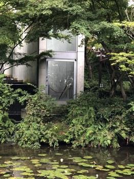 180629_庭園と増築部分.JPG